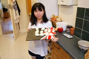 Uby making bath melts with her host family